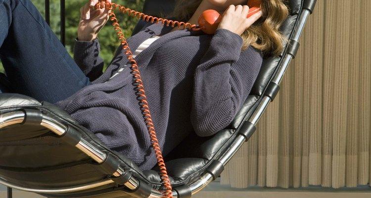 Os telefones residenciais oferecem uma ampla gama de recursos para atender a uma variedade de necessidades