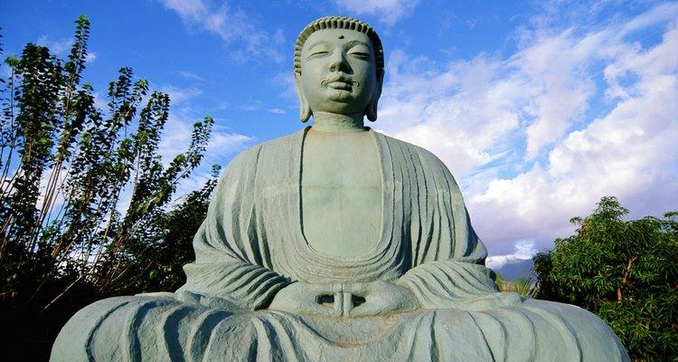 El Budismo se refiere al Nirvana como la eliminación de los deseos materiales.