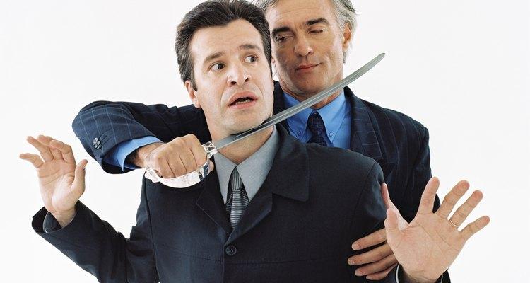 Transforma tu experiencia con un jefe mal educado en una oportunidad de aprendizaje.