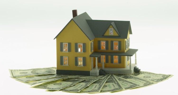 Los embargos son documentos legales impuestos contra los activos como las propiedades.