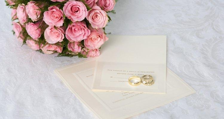 Haz las invitaciones para tu boda en Microsoft Word.