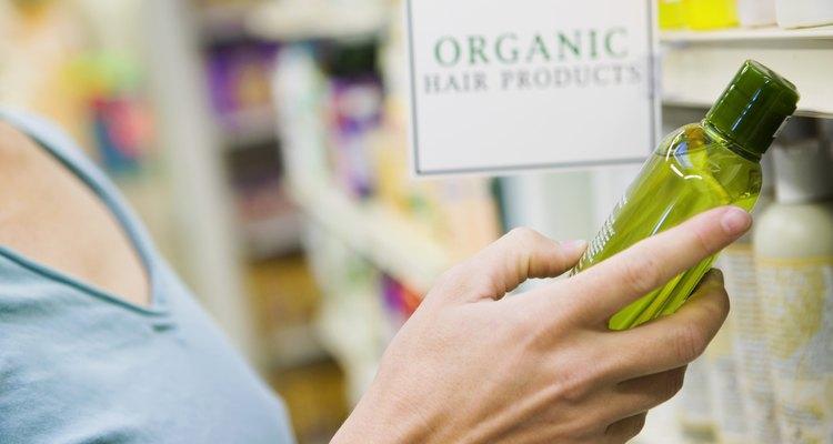 """Los productos de coloración ceniza generalmente están etiquetados con una """"V"""" o con una """"B""""."""