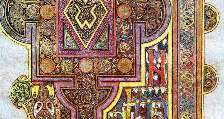 Un manuscrito ilustrado del evangelio de Lucas perteneciente a la época medieval.