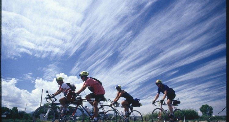 Una bicicleta profesionalmente ajustada te ayuda a evitar el dolor de cadera.