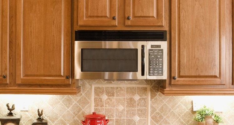 El horno de microondas es tan usual como la estufa de gas.