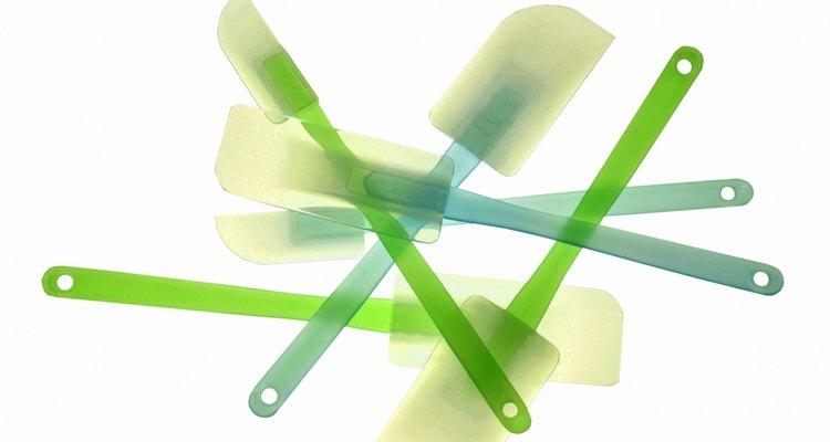 Desodoriza las espátulas de silicona con bicarbonato de sodio.