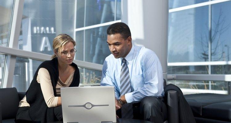 Tu primera acogida a un compañero de trabajo es un importante momento de unión.