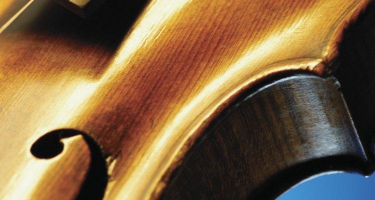Utilizar o verniz certo deixará seu violino mais bonito e melhorará a qualidade do som
