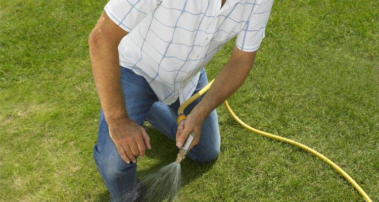 Conserte seu sistema de irrigação para garantir a saúde da sua grama