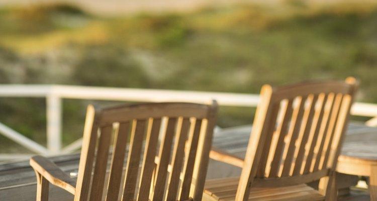Um deck ao ar livre é um trunfo para o exterior de qualquer casa