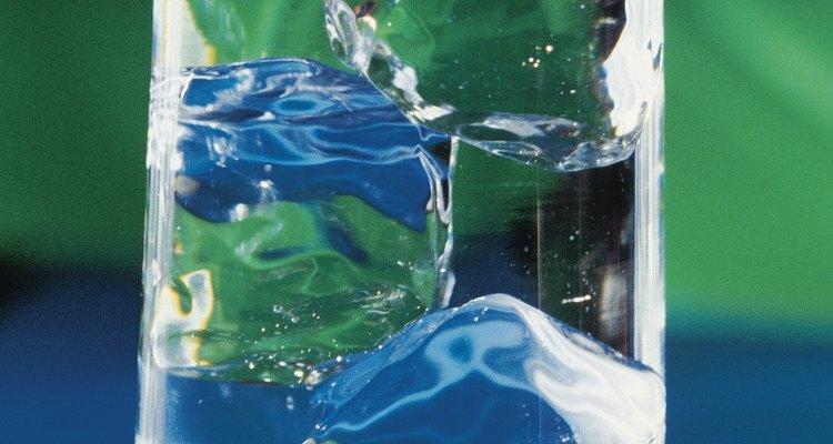 Una presión de agua adecuada es esencial para que tu hielera funcione apropiadamente.