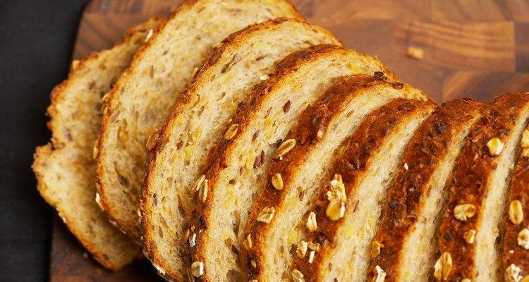 La malta aligera la masa de los panes integrales.