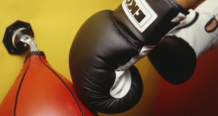 O saco de pancada pode se danificar devido aos golpes constantes