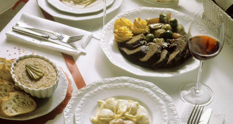 El costillar de venado debería marinarse para conseguir el mejor sabor y la textura.