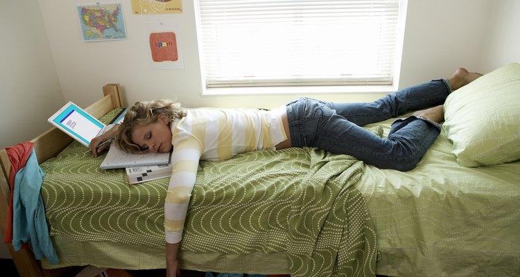 Es difícil resistirse a asustar a alguien que duerme profundamente.
