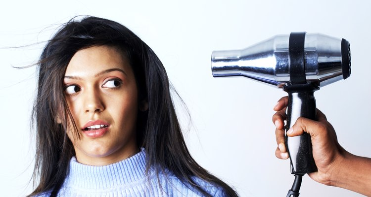 O secador de cabelo pode aliviar a dor de ouvido