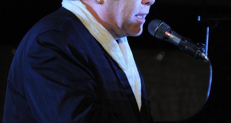 Elton John tem o single mais vendido de todos os tempos