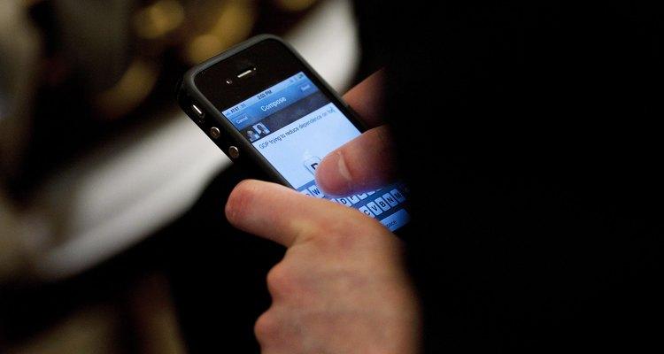 É necessário que o cartão SIM esteja em perfeitas condições para que o iPhone funcione corretamente