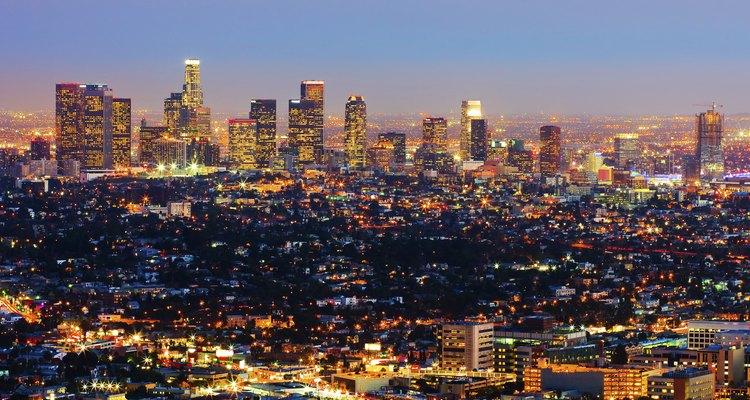 Paisaje urbano de Los Ángeles, de noche.