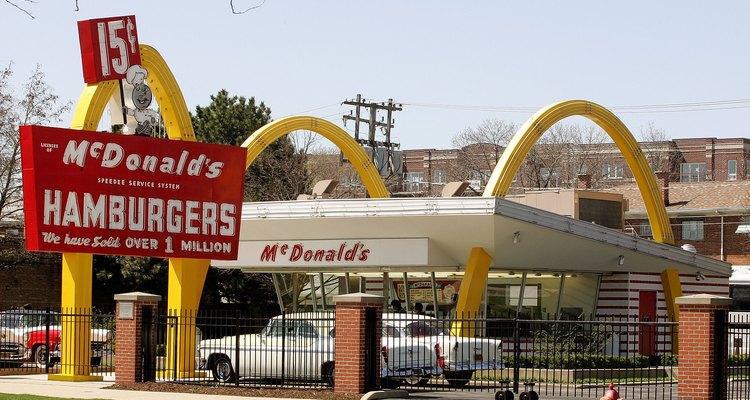 Reconstrução da primeira loja original do McDonald's em Des Plaines, Illinois