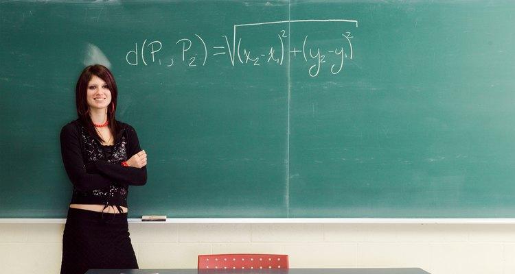 Algumas integrais exigem substituição trigonométrica