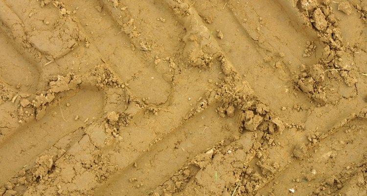 La pirámide de la textura del suelo usa el tamaño de las partículas para determinar la textura general del suelo