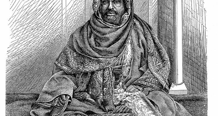 os tipos de roupas usadas no Sudão é similar aos usados no Egito, Líbia e Etiópia