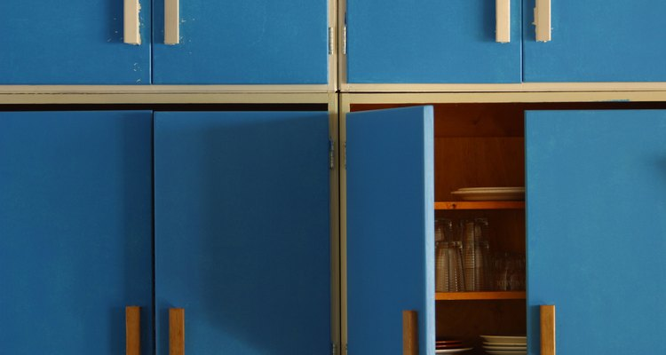 MDF cabinets are extremely easy to clean, which makes them ideal for use in a kitchen.