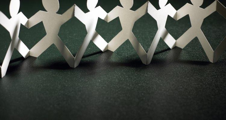 Faça correntes de papel para decorações