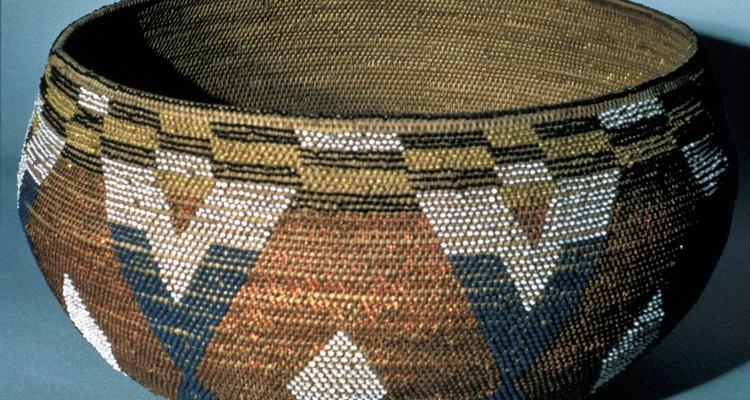 Los pigmentos de la tierra se utilizaban para pintar el rostro y decorar objetos.