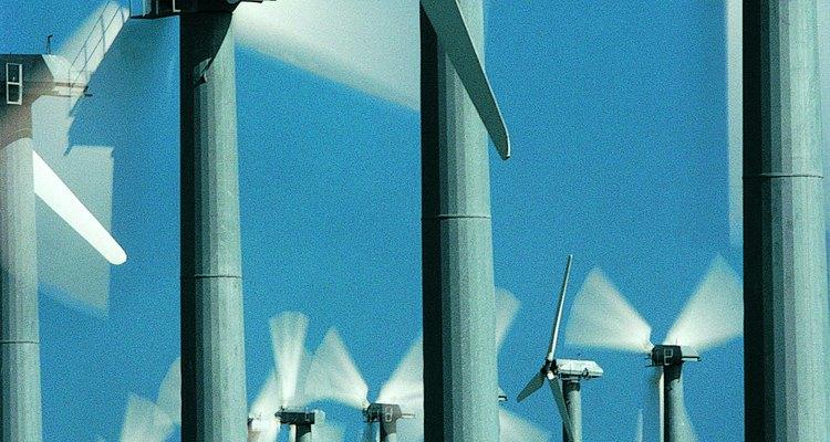Convierte un tubo de PVC en las aspas de una turbina eólica.