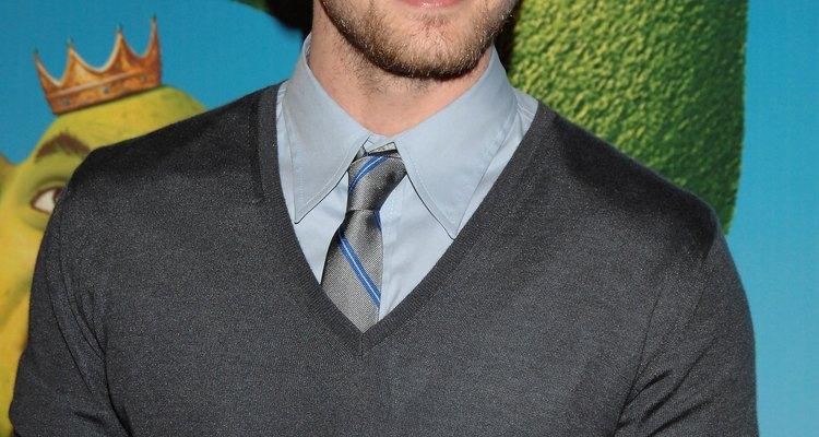 Justin Timberlake nunca fue acusado de mal sentido de la moda por dejar de usar traje y mantener la corbata delgada.