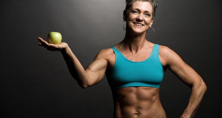 Os cremes de testosterona às vezes são usados por mulheres fisioculturistas para estimular a definição muscular