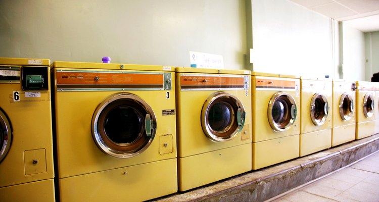 Aprenda a remover a espuma de máquinas de lavar