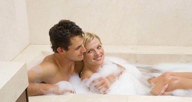 Disfruta de una bañera en tu casa, solo o acompañado.