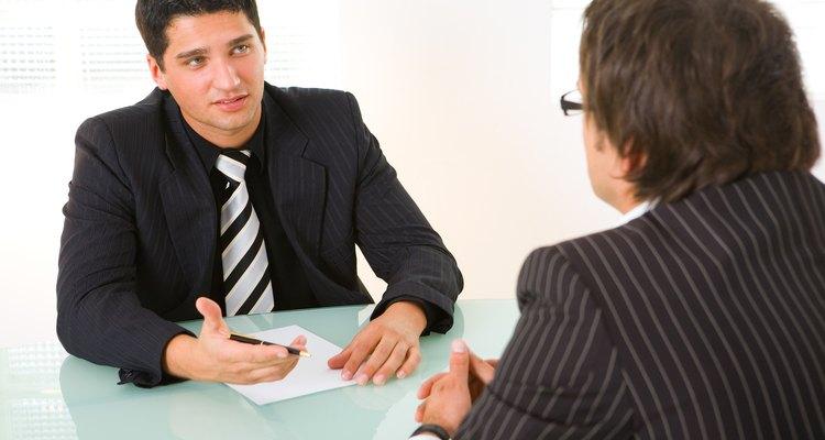 Ten cuidado con la comunicación no verbal al intentar impresionar a alguien.