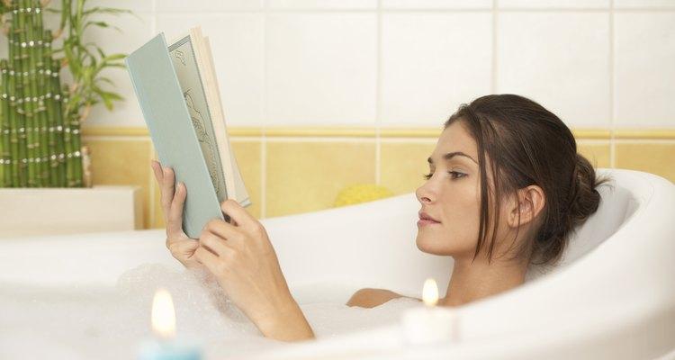 Las bañeras de hidromasaje proporcionan un fin relajante a tu día.
