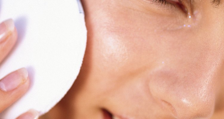 Limpia cualquier exceso de aceite o vaselina después de la aplicación.