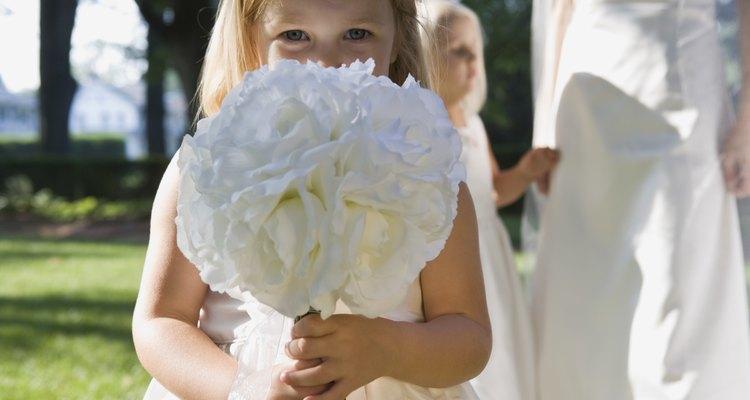 Haz a las niñas de las flores sonreír con un vestido de tul original hecho a mano.