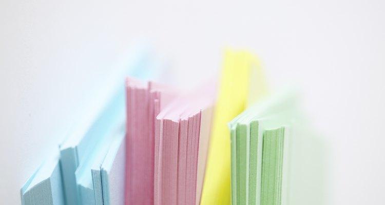 Faça o seu bloco de papel com cores diferentes