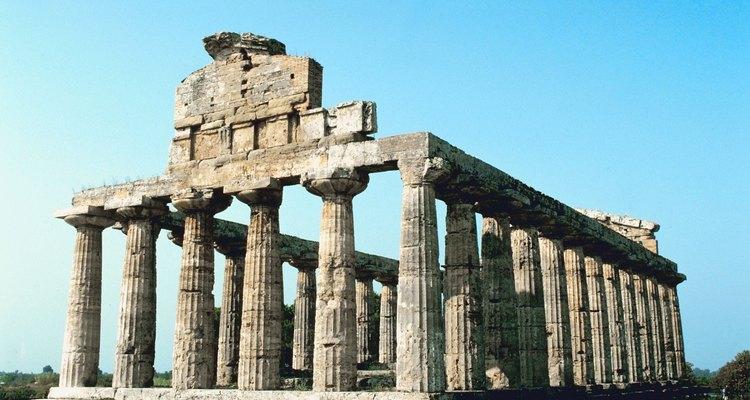 A arquitetura grega é caracterizada por sua continuidade