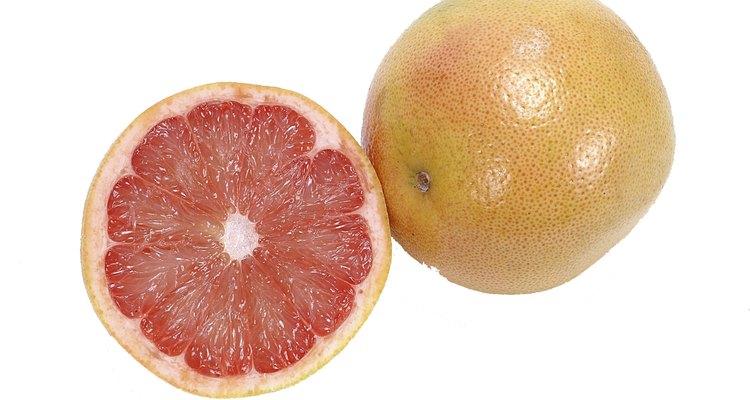 Los pomelos son un agregado nutritivo para cualquier plato y pueden ser cortados en rodajas y coronados con un poco de azúcar.