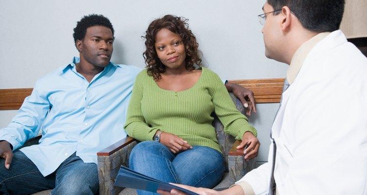 Antes de presentar una queja formal, habla con el médico.