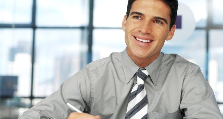 Fique à frente da concorrência criando um currículo vencedor para conseguir o emprego dos seus sonhos