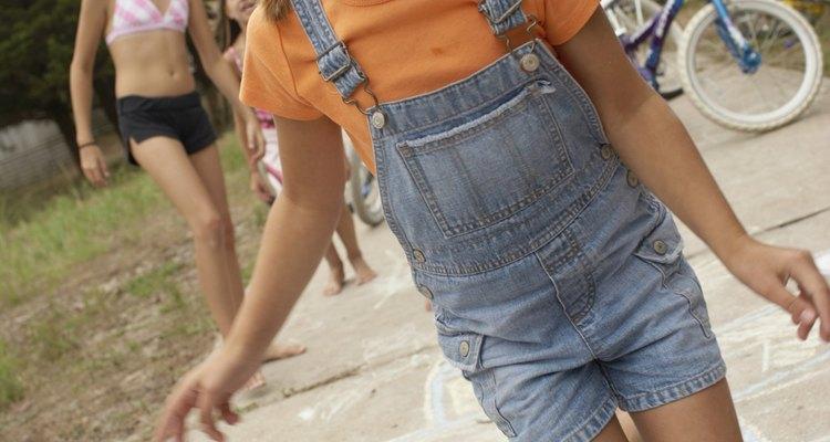 Motivar a los niños a hacer ejercicio puede ser una tarea desalentadora para algunos, sin embargo, los niños pueden beneficiarse al desarrollar agilidad en sus cuerpos.