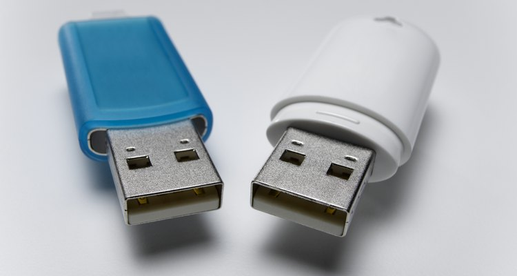 Flash drives apresentam maiores possibilidades de uso do que pen drives