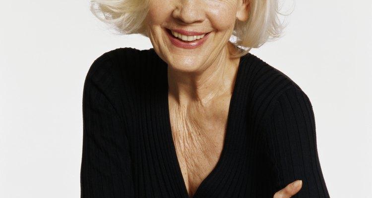 El cabello blanco platinado es el más difícil de lograr, pero si se realiza correctamente el proceso, los resultados son hermosos.