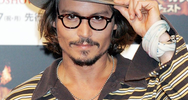Copie o cabelo de Johnny Depp