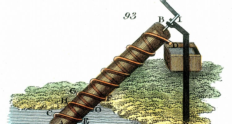 El tornillo de Arquímedes ha sido utilizado para mover agua por siglos.