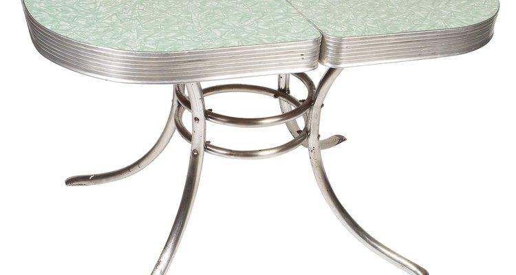 La Formica era un material usado en superficie de mesa muy popular en la década de 1950.